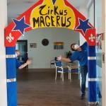 Eingang Zirkus-Magerus